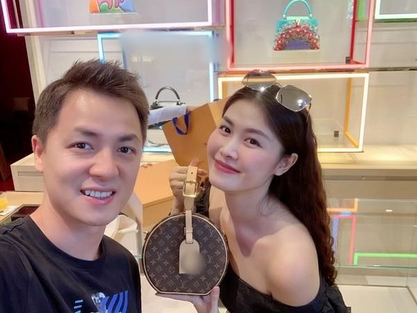 """Do"" to am cua 2 ong chong quoc dan: Chong Oc Thanh Van va Dang Khoi-Hinh-3"