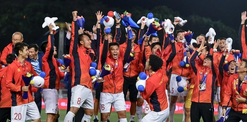 Vo dich SEA Games 30, U22 Viet Nam duoc thuong hon 7 ty, Van Hau the nao?