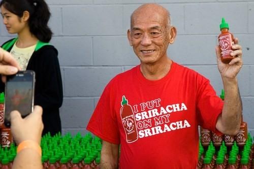 Ong chu goc Viet cua tuong ot Sriracha bi thu hoi tai Uc la ai?