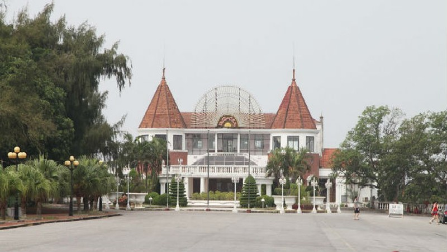 Tam dung casino 15 ngay: Diem danh dai gia Viet dang kinh doanh casino-Hinh-5