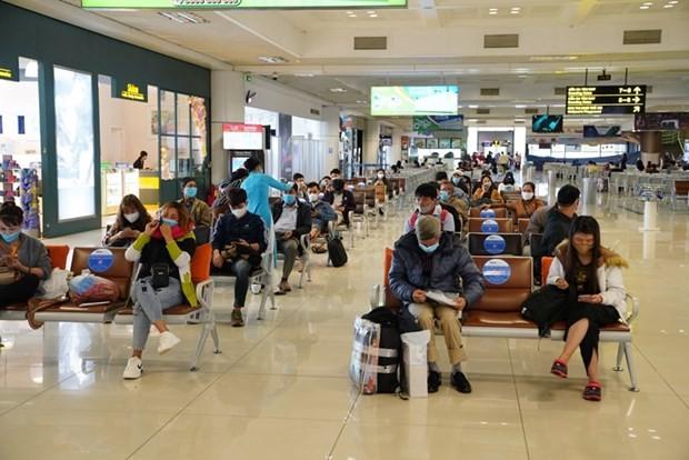 Tang chuyen dip 30/4, Vietnam Airlines, Vietjet... bay ngay bao nhieu chuyen?