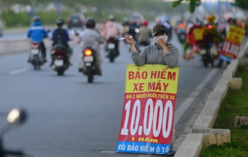 Cho mang tap nap bao hiem xe: Mua dau chuan, dam bao quyen loi?-Hinh-2