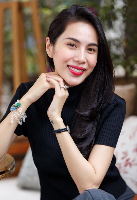 He lo co ngoi kinh doanh kin tieng cua Cong Vinh - Thuy Tien dieu hanh
