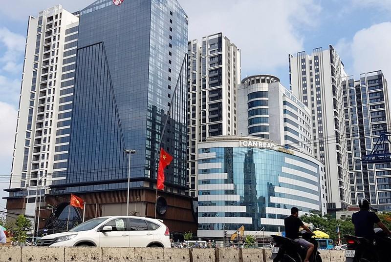 "Khong chi Hinode City lua dan o trai phep, Vietracimex cua ong Vo Nhat Thang day ""scandal"""
