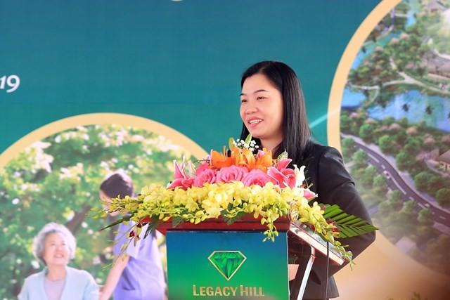 Chan dung dai gia Nguyen Thi Thanh Huong dieu hanh An Thinh group