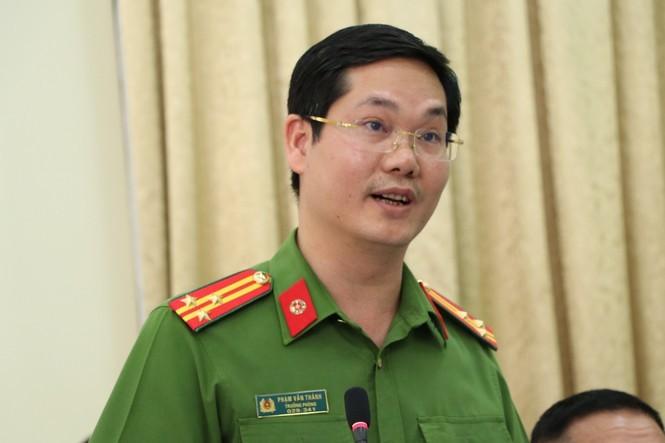 Cong an TPHCM noi gi ve vu bat ong Tat Thanh Cang?