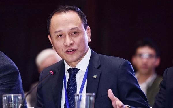 Vietnam Airlines lam an sao truoc khi co tan Tong Giam doc Le Hong Ha