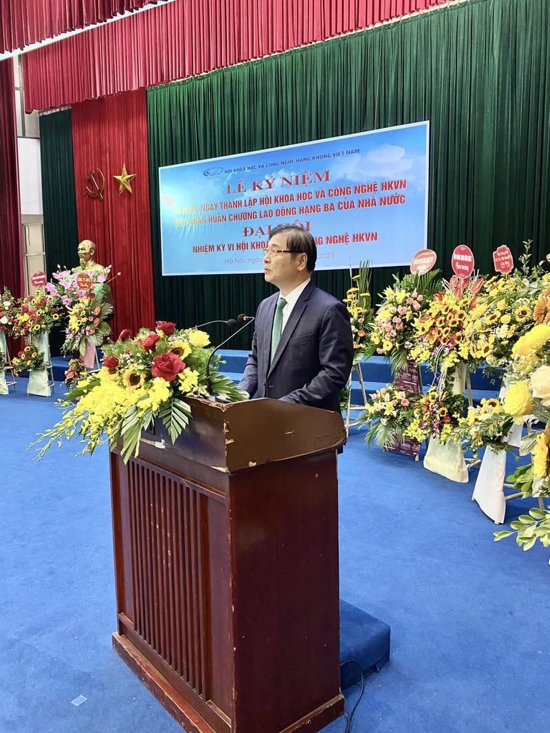 Chu tich Phan Xuan Dung tham du Dai hoi Dai bieu Hoi KH&CN Hang khong Viet Nam