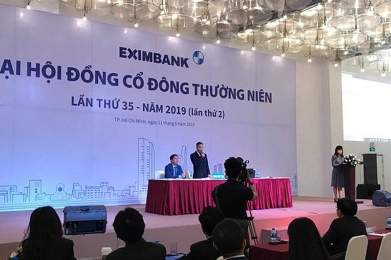 Song gio noi bo Eximbank: Dai hoi co dong bao lan bat thanh?-Hinh-2