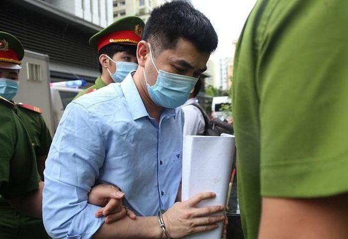 Cong ty Nhat Cuong chuyen hang nghin ty dong buon lau nhu the nao?