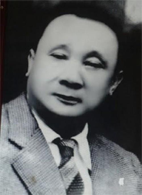 """""""Vua Bao Dai co gi, Hac cong tu co nay"""""""