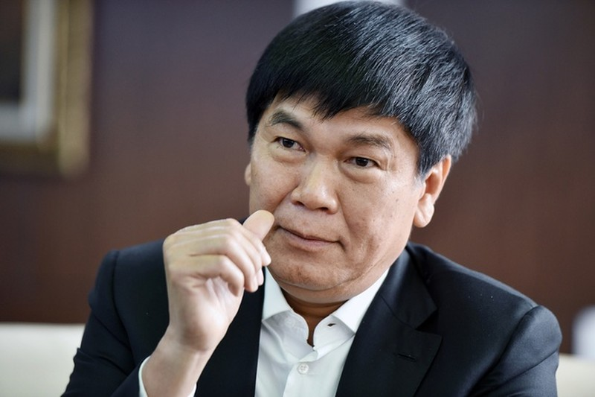Choang voi so tien thieu gia Viet gom mua co phieu