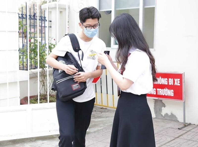 Dieu chinh ky thi lop 10 THPT tai Ha Noi: An toan va nhan van cho thi sinh