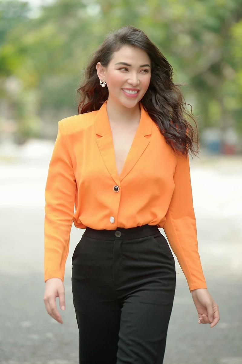 Cuoc song xa hoa cua nguoi mau Quynh Thu bi don yeu Tien Linh-Hinh-4