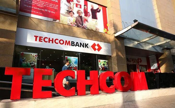 """Luong nhan vien ngan hang cao nhat: Techcombank, MB, Vietcombank dan """"top"""""""