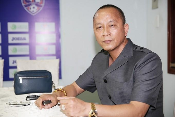 Soi tai san khung cua ong bau CLB Than Quang Ninh vua giai the