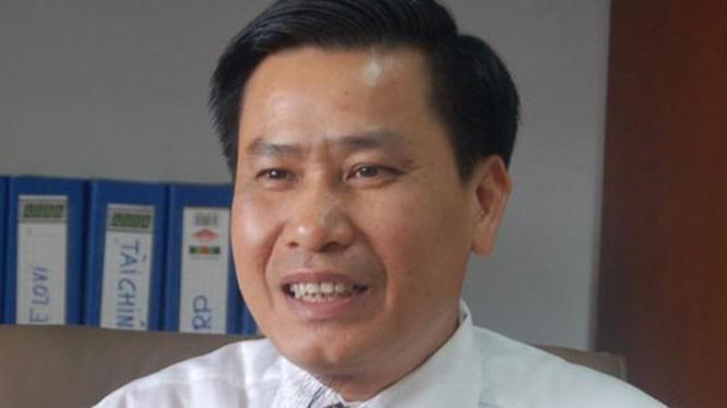 """Dai gia Nguyen Van Nghia chi tram ty mua co phieu TIG... giau """"khung"""" sao?"""