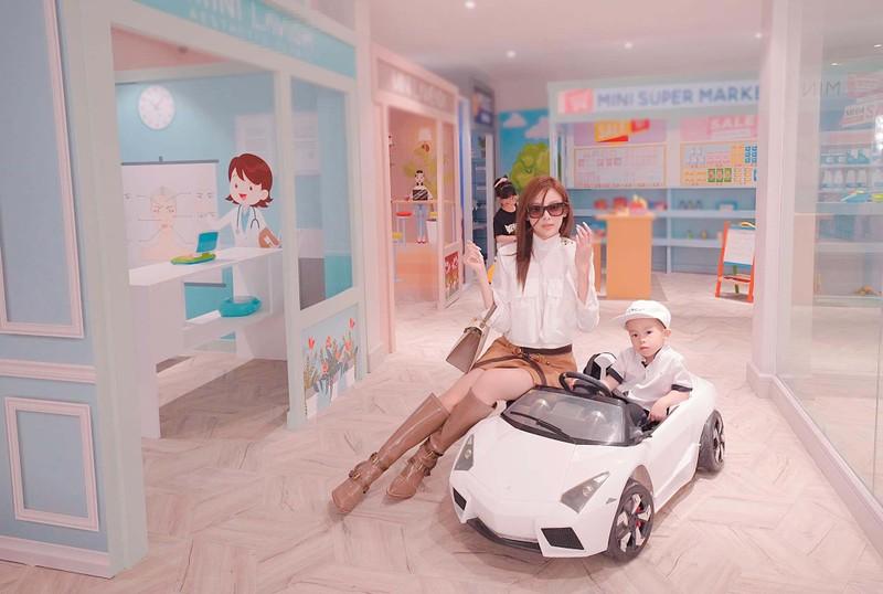 Biet thu tram ty co ca khu vui choi cho con cua Huyen Baby-Hinh-2
