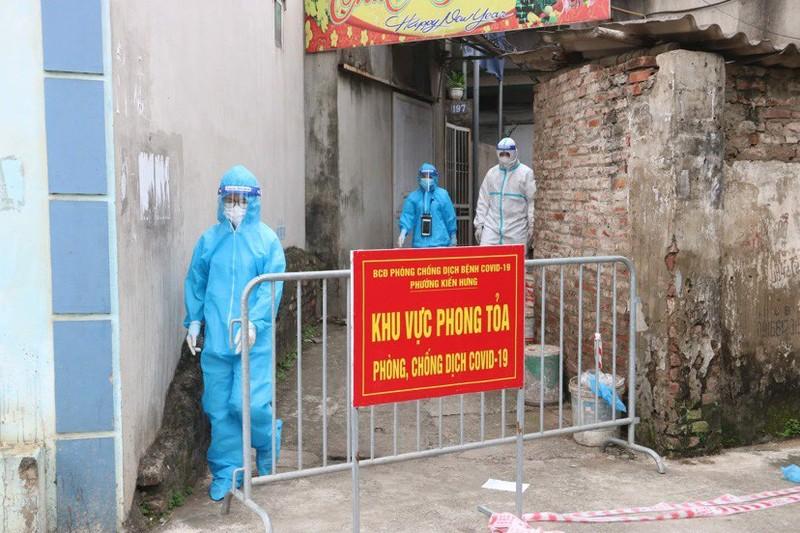 Ca COVID-19 tung den mua sau rieng: Phong toa cho Kien Hung