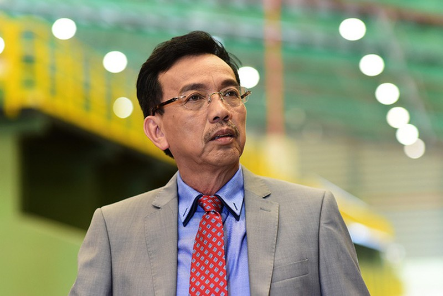Chan dung dai gia Viet Kieu vua ung ho 1.000 may tro tho chong dich-Hinh-2