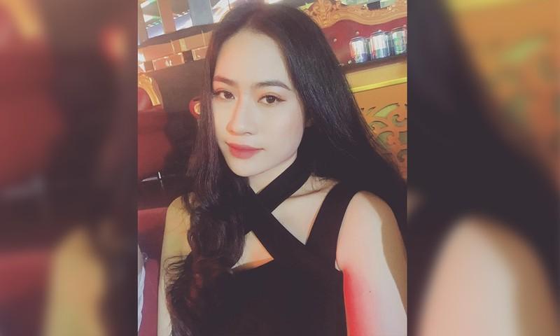 Quang Hai bi don co nguoi yeu moi la hot girl o Sai Gon-Hinh-2