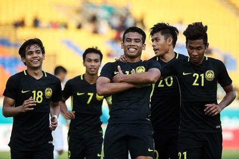 Thua soc Malaysia, Han Quoc it kha nang gap Olympic Viet Nam-Hinh-2