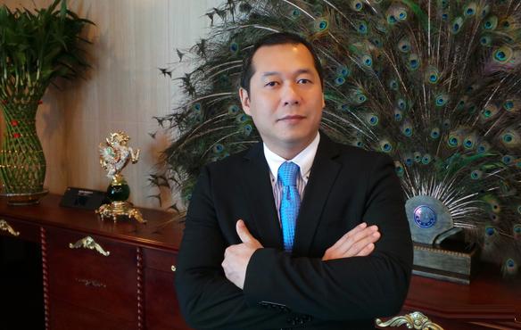 Khoi to vu tranh chap 30.000 ty lien quan den chong va con trai ba Tu Huong