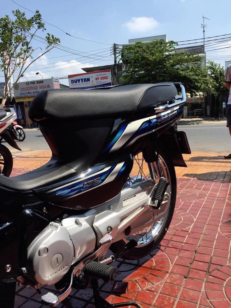 Can canh Honda Dream 125 ban 2016 tai Viet Nam-Hinh-6