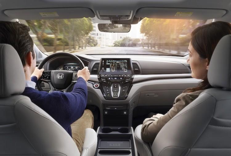 """Xe gia dinh """"sieu tien loi"""" Honda Odyssey 2017 co gi?-Hinh-5"""