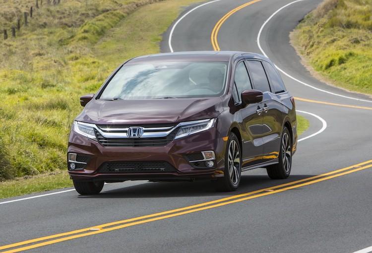 "Xe gia dinh Honda Odyssey 2017 ""chot gia"" 700 trieu"