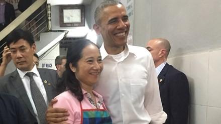 Dieu chua biet ve viec an bun cha cung Tong thong Obama
