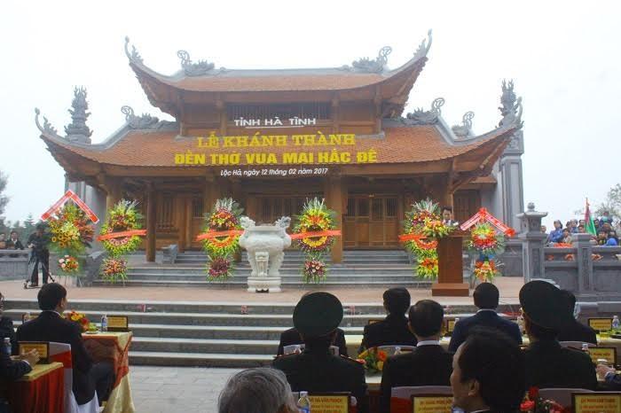 Chu tich nuoc cat bang khanh thanh den tho Mai Hac De-Hinh-2