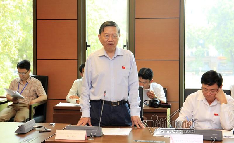 Bo truong Cong an: Khong su dung mang khong the choi duoc voi ai