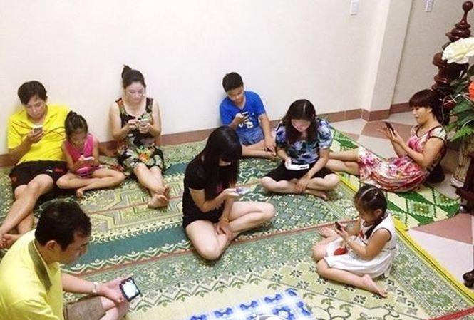 Gioi tre Viet Nam online thap nhat ASEAN