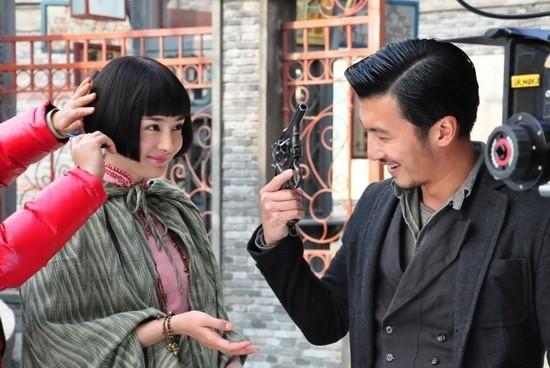 Ta Dinh Phong la nguyen nhan Duong Mich va Luu Khai Uy chia tay?
