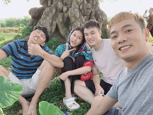 Anh hau truong chua tung duoc len song cua Co Gai Nha Nguoi Ta-Hinh-2
