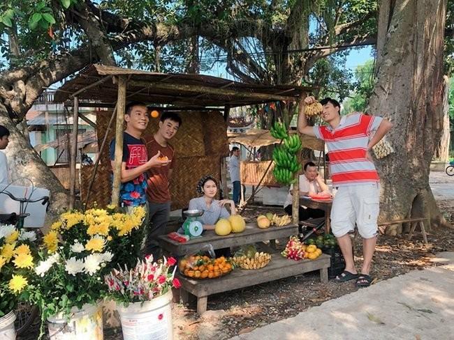 Anh hau truong chua tung duoc len song cua Co Gai Nha Nguoi Ta-Hinh-3