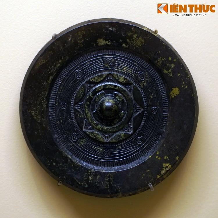 Choang voi kho bau khong lo trong mo Han co o Bac Ninh-Hinh-11