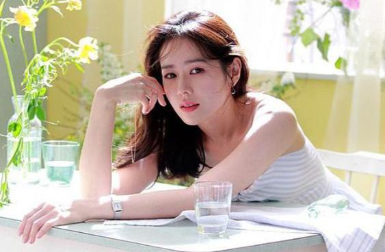 My nu Yoona, Son Ye Jin bat mi phuong phap rua mat cuc doc dao