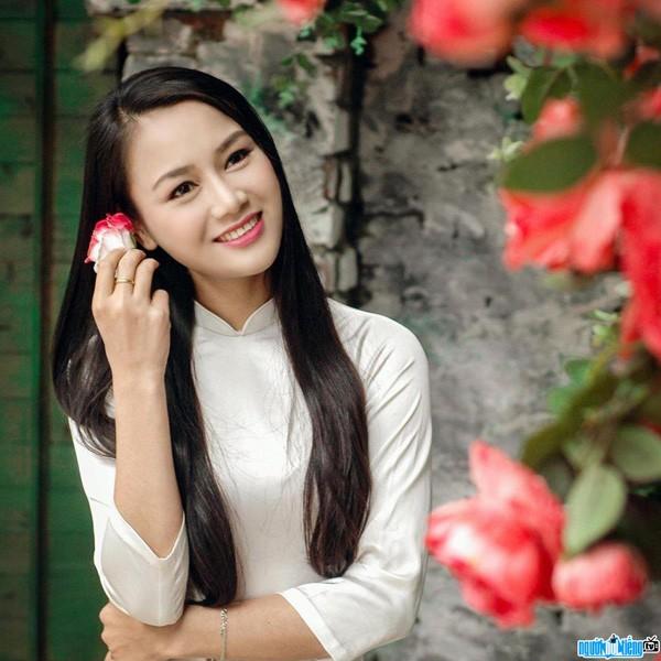 "Do nhan sac doi thuong 2 nguoi dep trong ""Huong duong nguoc nang""-Hinh-3"