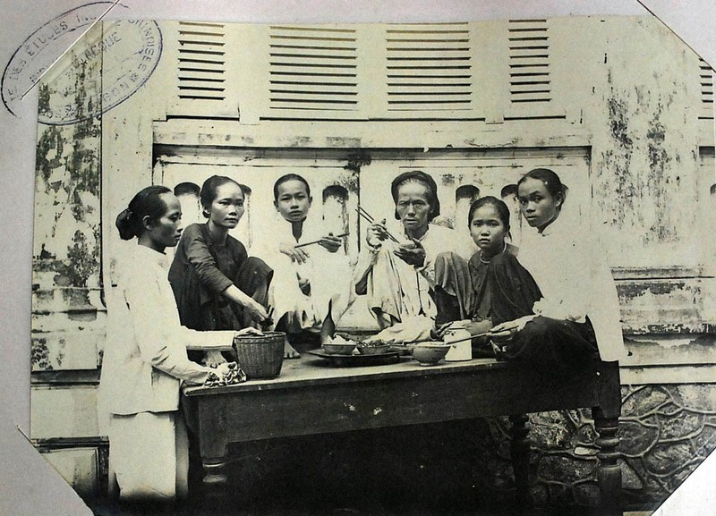 Anh khong dung hang ve doi song o Sai Gon nam 1930-Hinh-11