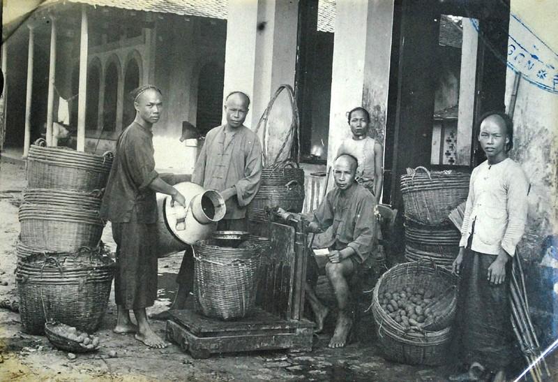 Anh khong dung hang ve doi song o Sai Gon nam 1930-Hinh-12