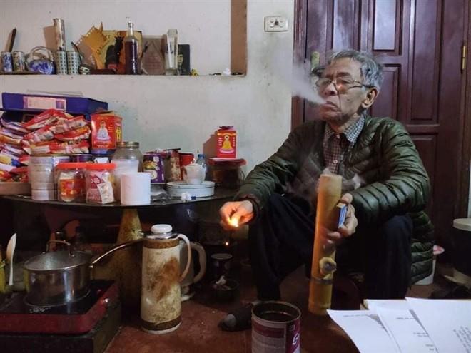 Nhung nam thang cuoi cung cua nha tho Hoang Nhuan Cam