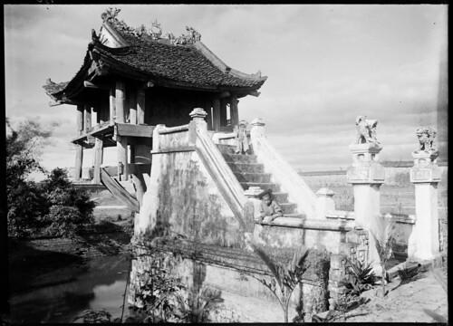 Ngam nhung ngoi chua noi tieng Viet Nam mot the ky truoc