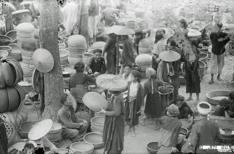 Tan muc cuoc song soi dong o Ha Dong thap nien 1920-Hinh-6