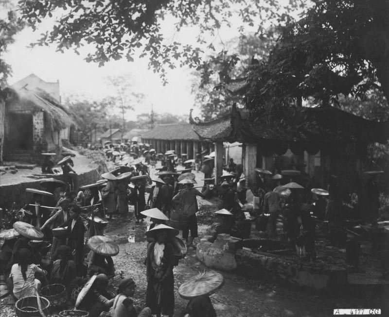 Tan muc cuoc song soi dong o Ha Dong thap nien 1920-Hinh-9