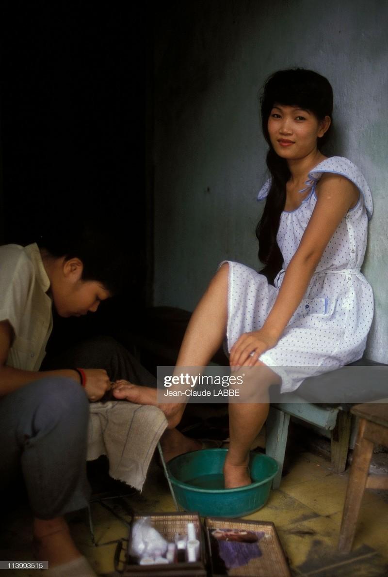 "Anh chan dung ""chat nhu nuoc cat"" cua nguoi Ha Noi nam 1994-Hinh-12"