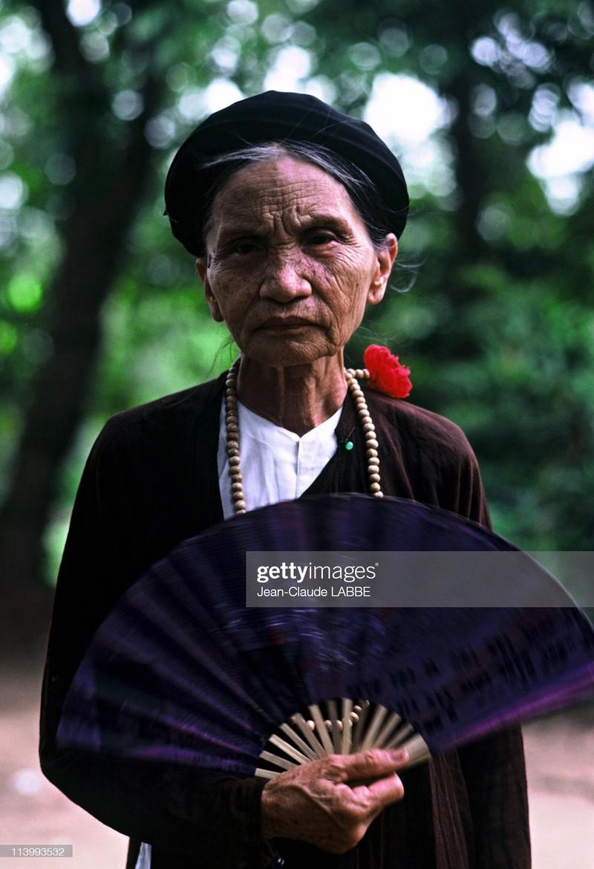 "Anh chan dung ""chat nhu nuoc cat"" cua nguoi Ha Noi nam 1994-Hinh-13"