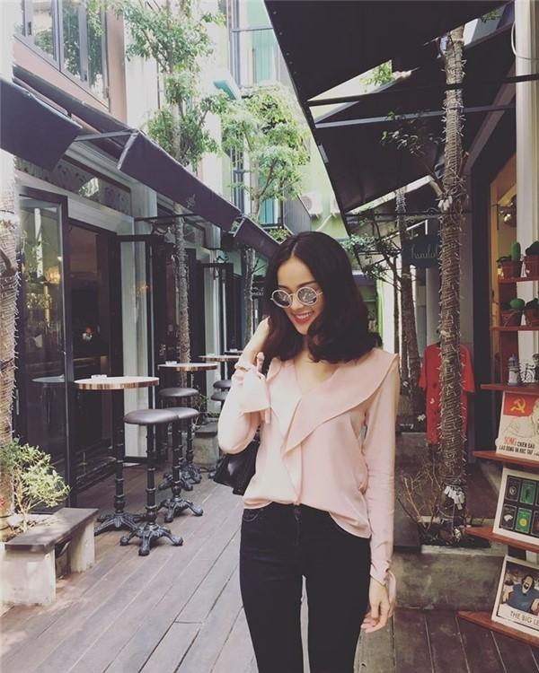 Xem my nhan Viet chon so mi cong so sang trong va sieu sanh dieu-Hinh-3
