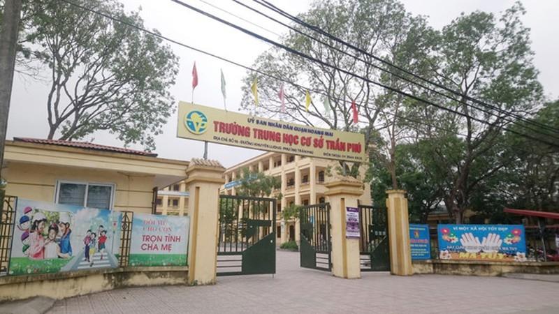"""Nghi van bao ve dam o nu sinh THCS Tan Tao A: Lien hoan """"scandal"""" dam o hoc duong?-Hinh-3"""